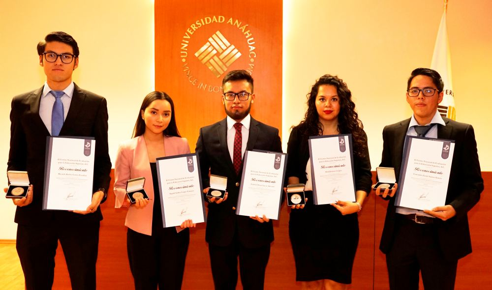 Licenciatura en Derecho de la Anáhuac Oaxaca líder en Premios de Excelencia CENEVAL