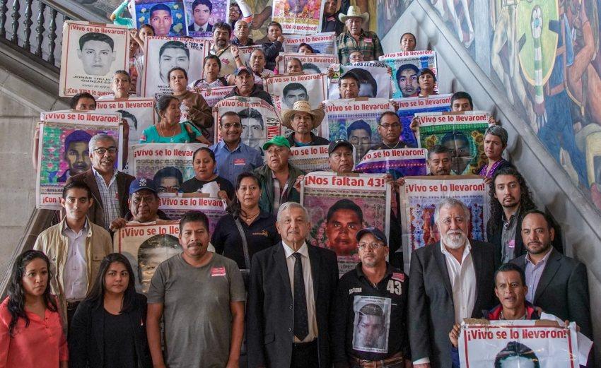 Nos estamos aplicando a fondo en caso Ayotzinapa: AMLO