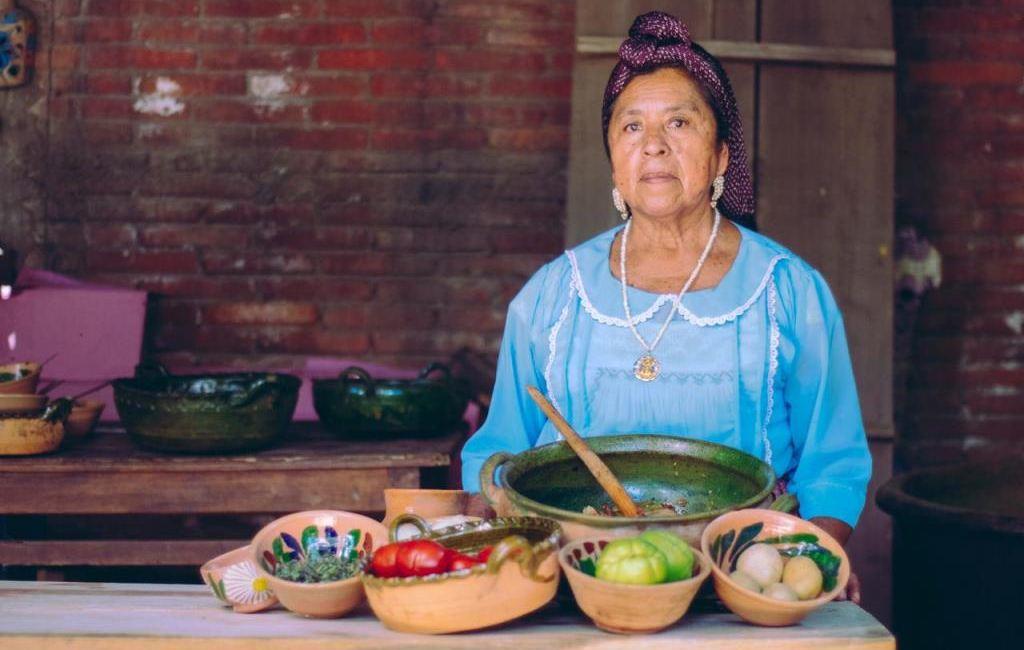 "Invita Seculta a degustar el ""Caldo de gato"" de Oaxaca"