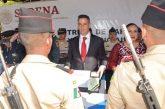 Entrega Alejandro Murat cartillas liberadas a jóvenes del Servicio Militar Nacional