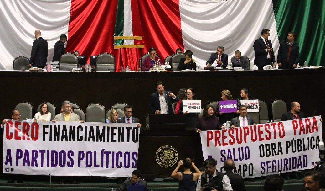 Diputados rechazan reducir 50% financiamiento a partidos políticos