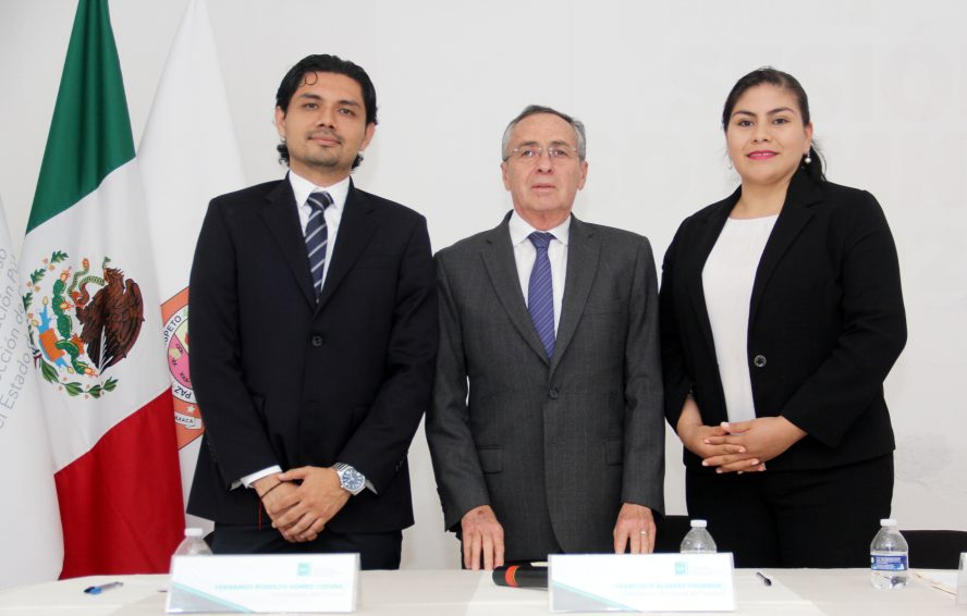 Se integra comisionado Fernando Gómez Cuevas a pleno del IAIPO