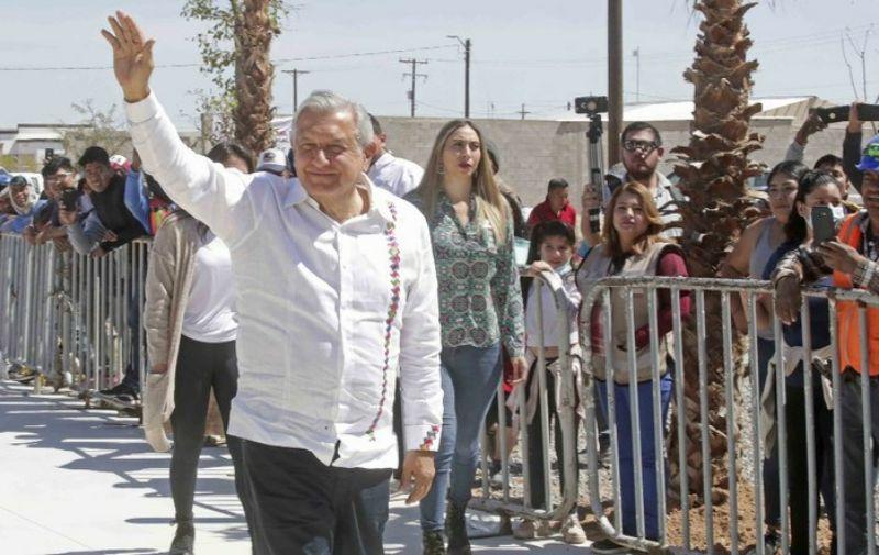 En Sonora, AMLO alerta sobre «fuerte crisis económica» por el Covid-19