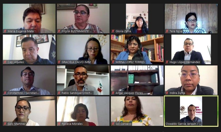 Oswaldo García toma protesta a nuevas concejeras del Instituto Municipal de la Mujer de Oaxaca de Juarez