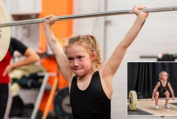Una niña de siete años rompe récords de levantamiento de pesas
