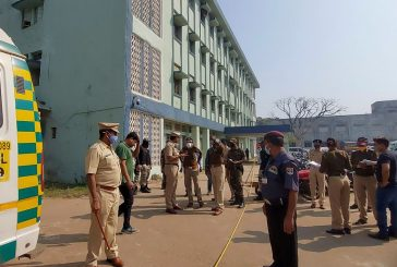 10 bebés mueren en incendio de unidad de maternidad en hospital en India