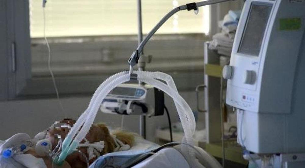 COVID-19: Paciente con coronavirus mata a otro porque el ruido del respirador le molestaba
