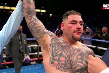 Andy Ruiz ganó unánime una guerra de 12 rounds a Chris Arreola